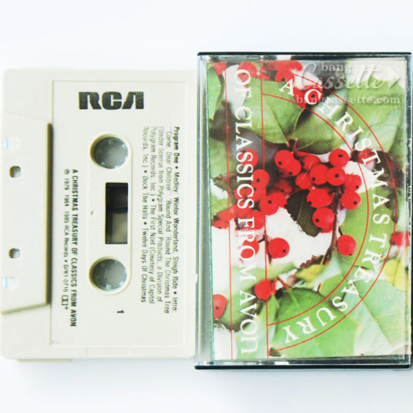 BĂNG CASSETTE A CHRISTMAS TREASURY OF CLASSICS FROM AVON